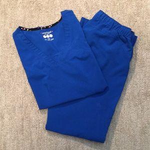 HeartSoul set of scrubs Petite EUC